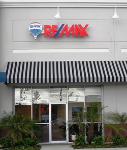 RE/MAX Premier office
